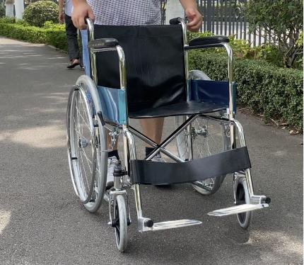 Push the manual wheelchair